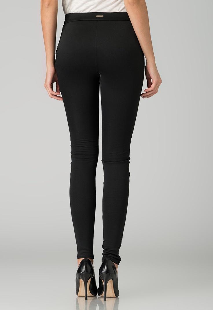 Fashion Days - Contureaza noul tau look! - Pantaloni negri Jella House of deron