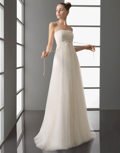 So beautiful. Wish I wasn't so damn short.: Aire Barcelona, Wedding Dressses, Bridal Dresses, Wedding Dresses, Weddings, Brushes, Bridal Gowns, Sconces, Bride Dresses
