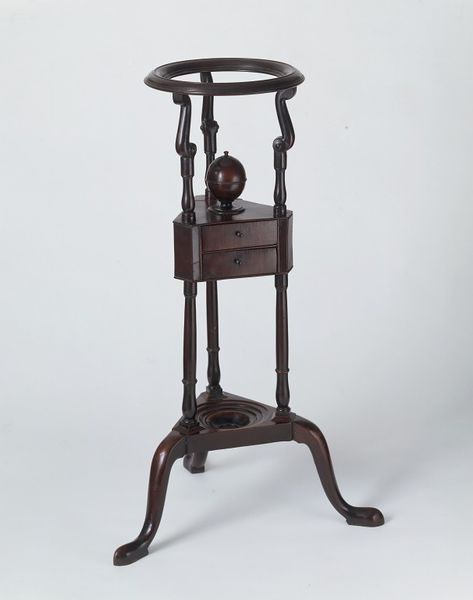 Washstand, made 1740-1770, Carved and turned mahogany. l Victoria and Albert Museum