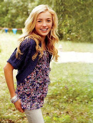 fashion tween OMG TOLD YA SO! this is Emma from jessie, but she was a model for justice before.