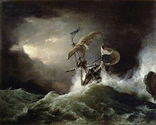 """Poco prima della mezzanotte il vento cambiò di nuovo. Raffiche furiose presero a spingere la Hirna verso sud mentre onde possenti la trascinavano in alto, per poi spalancarsi sotto di essa come la bocca di un abisso.  """"Astrea aiutaci"""", invocò Glirien avvinghiato alle sartie, scrutando il mare rischiarato dai lampi mentre sprazzi di un lontano passato gli balenavano nella mente: i capelli di sua madre, le mani callose del padre, Erisia bambina, Varenia vestita di azzurro..."""