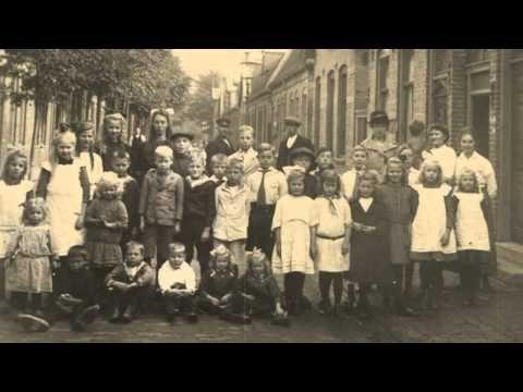 Het Dorp - Wim Sonneveld  (in HD) - YouTube