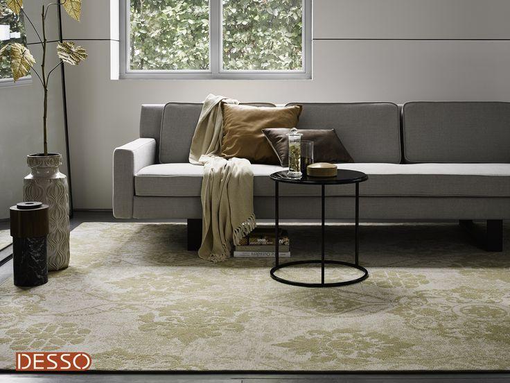 In de nieuwste woontrends spelen kleuren en dessins een grote rol, het Patterns AA17-1857 vloerkleed van Desso past hier heel goed bij! #livingroom #interiordesign #yellow #rugs