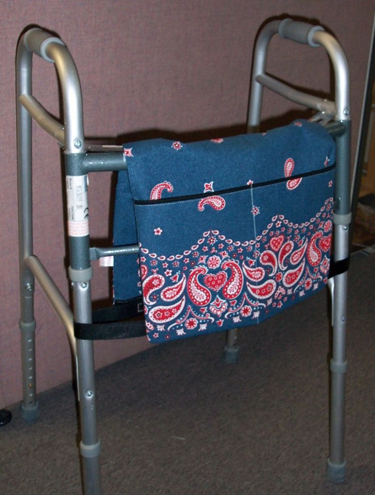Great walker bag tutorial.  Easy to make.  Great gift for someone who uses a walker.  Perfect for grandpa for Father's day.  Took me 1 hour to make.