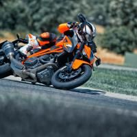 Launching the new 1290 Super Duke R, KTM turns 2014 into its next historic milestone, crowning the reconstruction and expansion of its naked bike range heralded in 2011 by the launch of the 125 Duke.