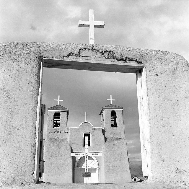 """ranchos de taos catholic singles Celebrating over 200 years, the historic """"ranchos church"""" was built in the early 1800's, and is the only original church which remains intact in the taos area san francisco de asis church continues to be an integral part of the spiritual community."""