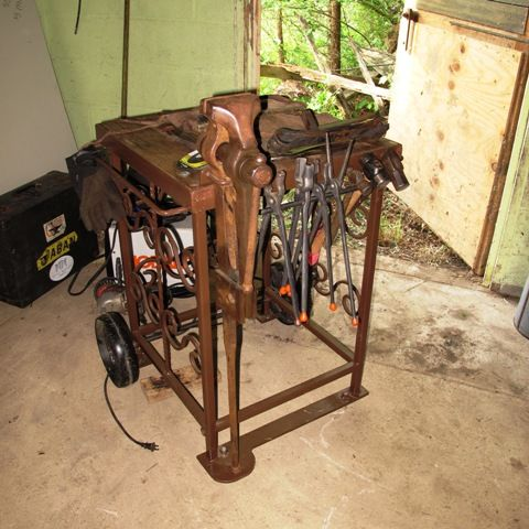 Vise Stand Table Tools Blacksmith Tools Blacksmith