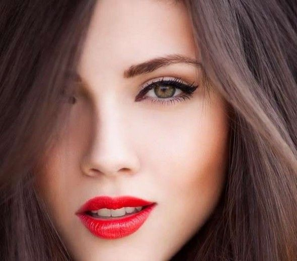 How To Get Perfect Red Lips Naturally