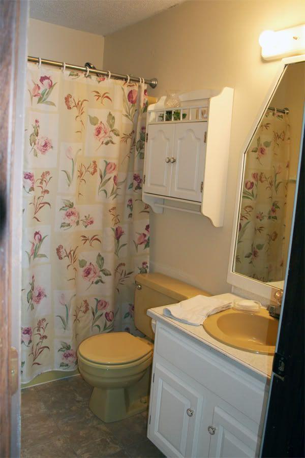 harvest gold toilet seat. Harvest Gold Bathroom  Pick My Presto The Lettered Cottage 10 best Ugly harvest gold bathroom remedies images on Pinterest