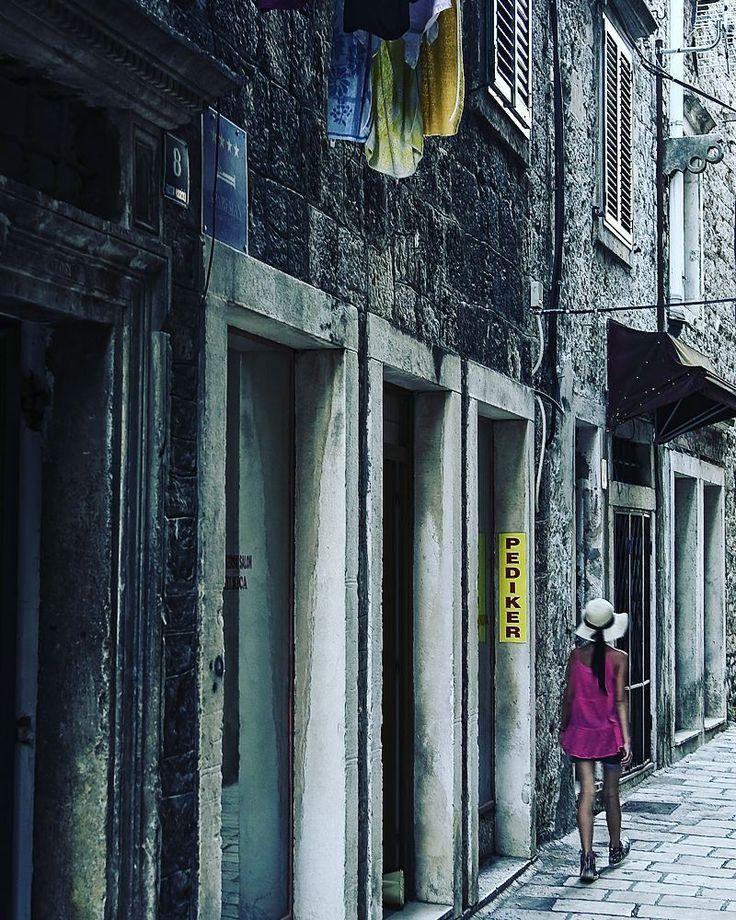 Street  #igerscroatia #igershrvatska #croatia #hrvatska #zadar #igerszadar #ig_europe #ig_shotz #vscocam #vscoeurope #vsco #instadaily #photooftheday #instagramers #instagood #street #streetphotography #canon #fotografiauliczna #ulica #chorwacja