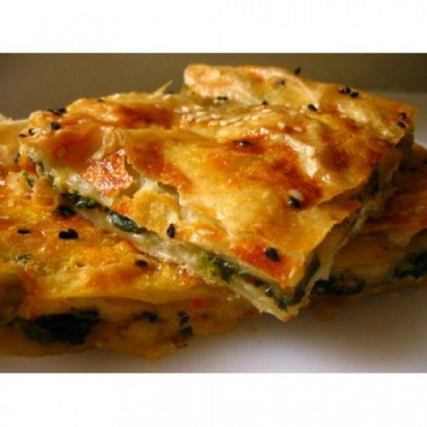 Spinazie Borek ( Turkse specialiteit ) Lekker en heel makkelijk om zelf te maken. Recept ga naar de bron. Hummm...