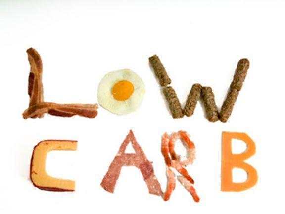 Low Carb – Diät oder Modeerscheinung – Nicht nur Hollywoodstars schwören auf diese Methode der Gewichtsabnahme.