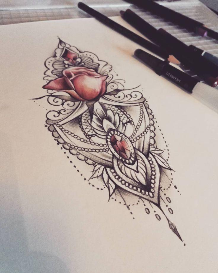 ✿ Tattoos ✿ Vapaa kuva #lacetattoo #rosetattoo #mandala #mandalatattoo #diamonds #soulskintattoo #turkutattoo