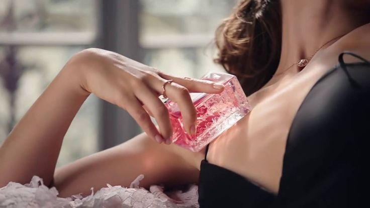Miss Dior Absolutely Blooming   The new campaign with Natalie Portman