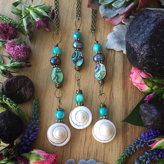 Gorgeous Abalone and pearl mermaid necklace Filled with feminine oceanic vibes Available in 16, 18, and 30 antique bronze chain necklace length