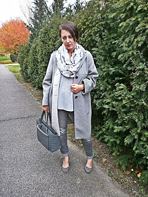 VGRV blog, grey coat, all grey everything, grey suede pumps, grey leather bag, knitted shirt, dachsie printed scarf