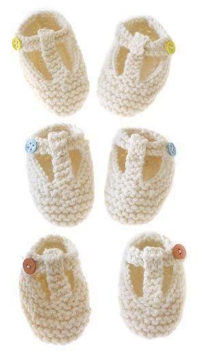 T-strap booties. Free pattern.