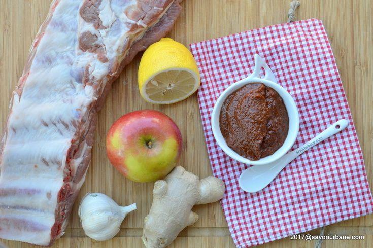 Marinada pentru carne de porc cu ghimbir, usturoi si turmeric - o marinata barbeque (BBQ) perfecta pentru carne de porc, cu gust usor dulceag si aromat.