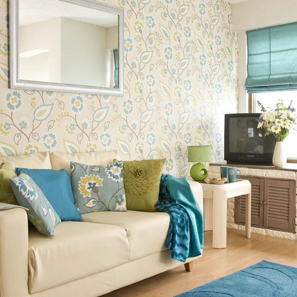 Декоративные подушки на диван: как расставить акценты - 6 советов + 20 фото