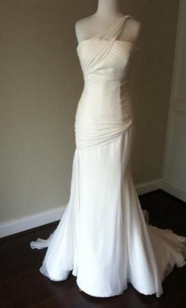 Used Vera Wang Wedding Dress Jane, Size 6  | Get a designer gown for (much!) less on PreOwnedWeddingDresses.com