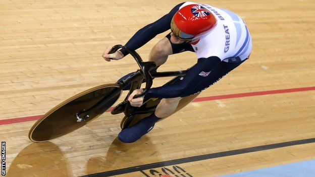Olympics cycling: Ed Clancy wins bronze as Hansen takes gold    Britain's Ed Clancy produced a blistering final ride to claim a bronze medal in the omnium.