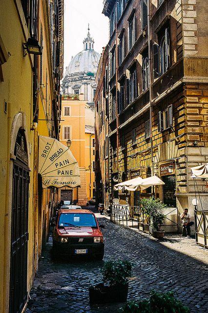 Encore! Life   ♕   Backstreet of Rome   by © Ervine Lin