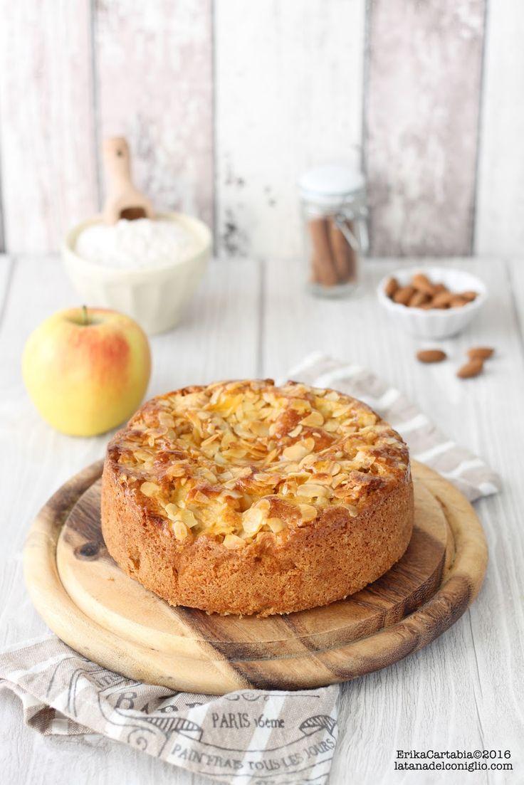 Oggi una ricetta semplice e  fac ile da preparare, una di qu elle a cui diff icilmente si può dire di no: la torta di mele! Questa è una...