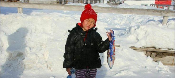 Een vierjarig meisje, Saglana, liep ongeveer acht kilometer door de Siberische taiga, om hulp voor haar grootmoeder te zoeken. Het incident vond plaats in de Russische Republiek Tuva in Zuid