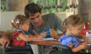 Roger Federer and his daughters