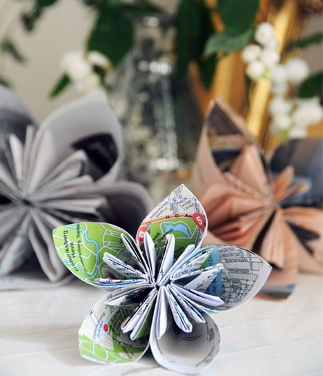 Jul i genbrugsmaterialer - Den foldede blomst