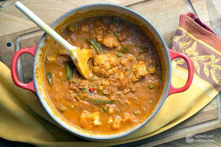 Ich war zwar noch niein Indien, aber ich war schon beim Inder essen. In Frankfurt, Berlin und auch in München. Und auch wenn Lokalpatrioten vermutlich darauf hinweisen werden, dass das Essen in Indien total anders schmeckt - ist mir schnuppe. Mir schmeckt Indisch in den Indischen Restaurants nämlich ganz vorzüglich. Chicken Tikka Masala zum Beispiel