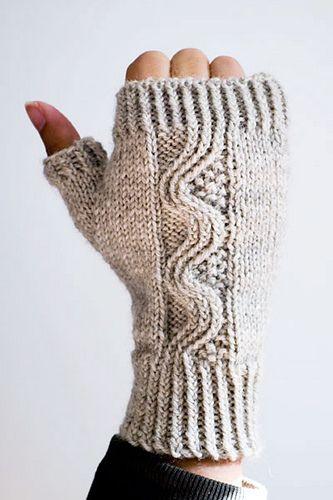 free pattern from Ravelry. Swirly fingerless mittens.