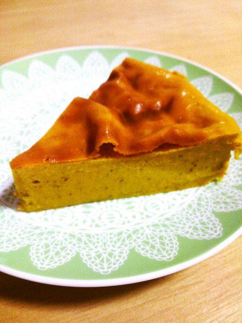 子供達も大人も大好きなしっとりかぼちゃケーキ☆甘さ控えめでノンオイルでも作れます。 豆腐の味はしませーん♪