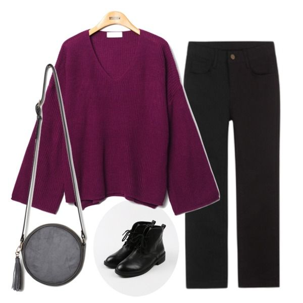 daily monday Simple string ankle boots,MIXXMIX 622 베이직 팬츠,Reine Secretly Loose Knit Tee등을 매치한 코디