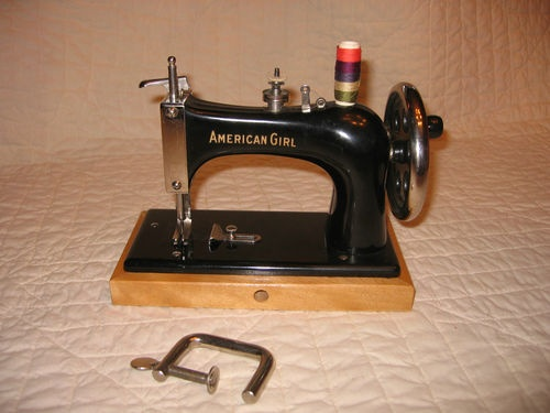 Vintage 1927 American Girl Toy Sewing Machine Delta Specialty Co USA Beautiful | eBay