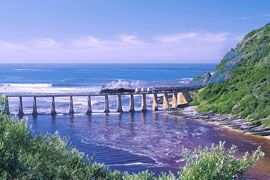 The Garden Route stretches on the southern coast from Heidelberg to the Tsitsikamma Forest and Storms River. (South Africa)