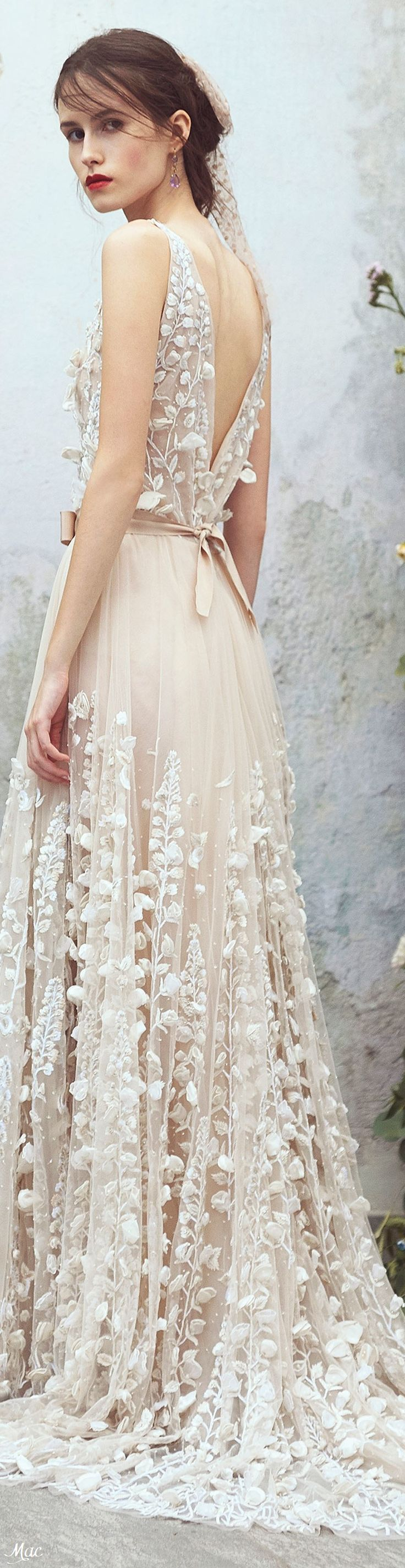Find More at => http://feedproxy.google.com/~r/amazingoutfits/~3/qIM6MNEad6c/AmazingOutfits.page