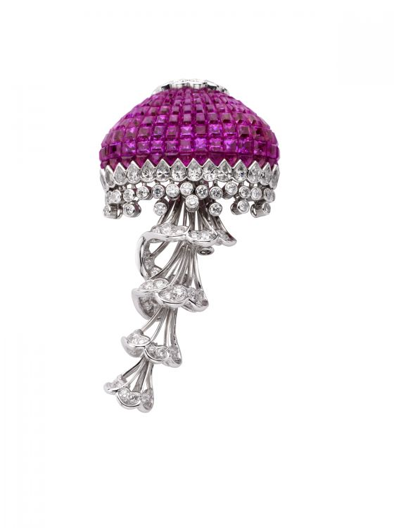 van cleef & arpels articulated jellyfish