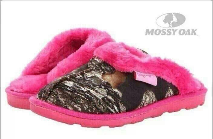 Pink and camo mossy oak slippers