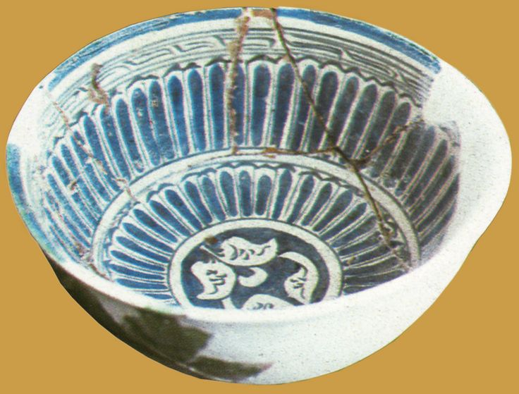 İznik Milet ware, bowl, 15th century, diameter: 23 cm, İznik excavation 1982  (Erdinç Bakla archive)