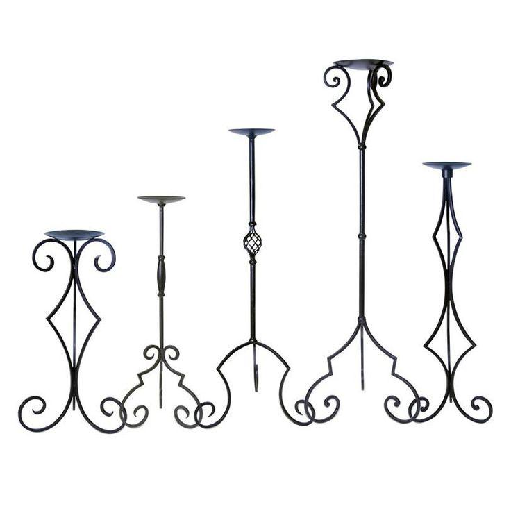 Set de Candelabros de hierro moldeado.