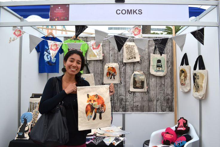 Paula Anjari Figueroa ! Nuestra primera clienta en la feria Bazar Diseño, se llevo una mochila y por ser la primera se llevo un obsequio de regalo. DISFRUTAS NUESTROS PRODUCTOS, esperamos que vuelvas pronto.