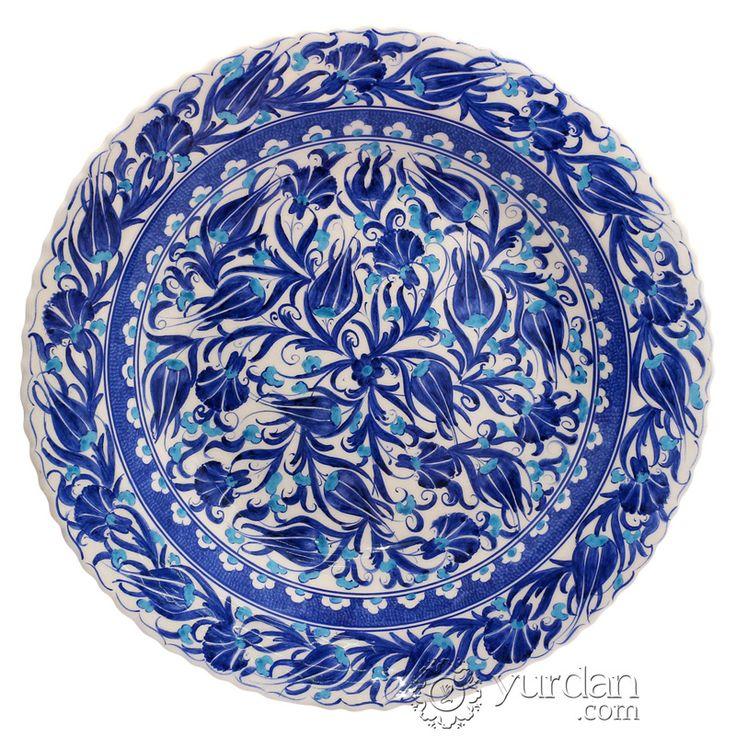 #iznik #ceramic #plate  http://yurdan.com/Catalog/Products/Index/51430/iznik-design-ceramic-plate-tulip#!Bilginet