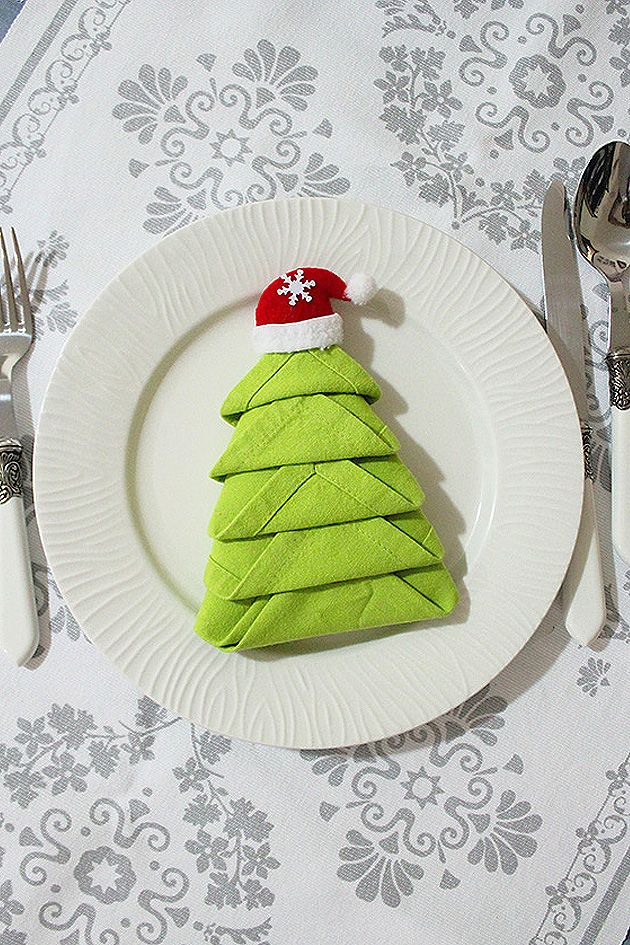 The 25+ best Christmas tree napkin fold ideas on Pinterest ...