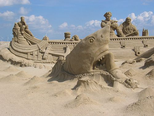 Sand artSandsculptures, Sands Castles, Beach Sands, Environment Design, Walleye, Sharks Attack, Art Pictures, Sands Art, Sands Sculpture