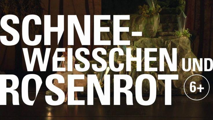 SCHNEEWEISSCHEN UND ROSENROT  REGIE Manuel Braun BÜHNE & KOSTÜME Viktoria Strikić DRAMATURGIE Agnes Gerstenberg THEATERPÄDAGOGIK Virginie Bousquet  From: StaatstheaterKA  #Theaterkompass #TV #Video #Vorschau #Trailer #Theater #Theatre #Schauspiel #Clips #Trailershow