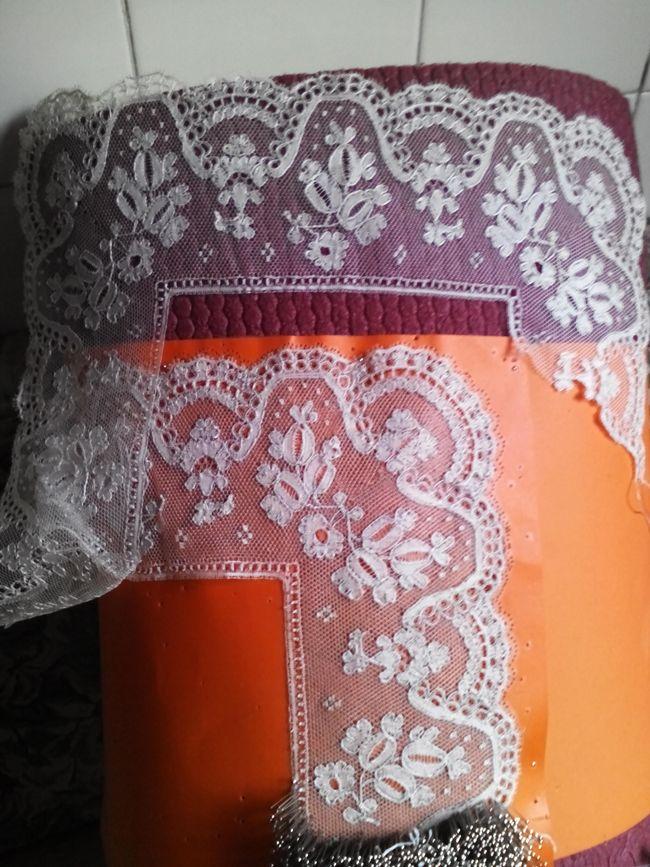 Pañuelo de Tonder encajes de rufi encaje de bolillos blonda