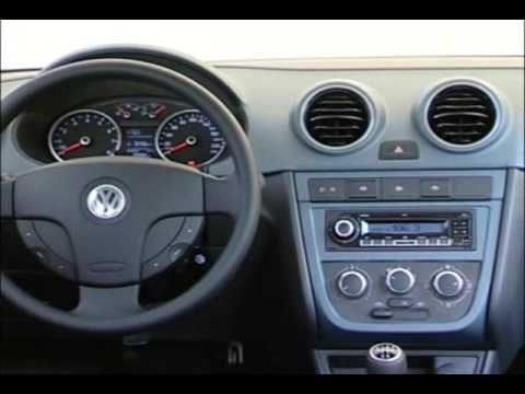 Volkswagen Gol Trend - Vidriera - YouTube