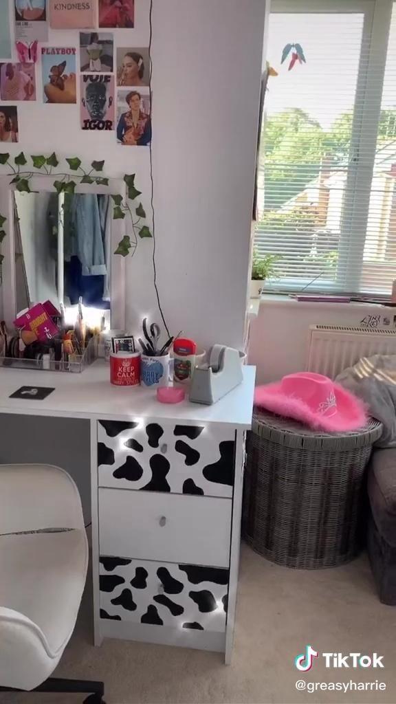 aesthetic room tour tiktok in 2020 | Diy home decor easy ...