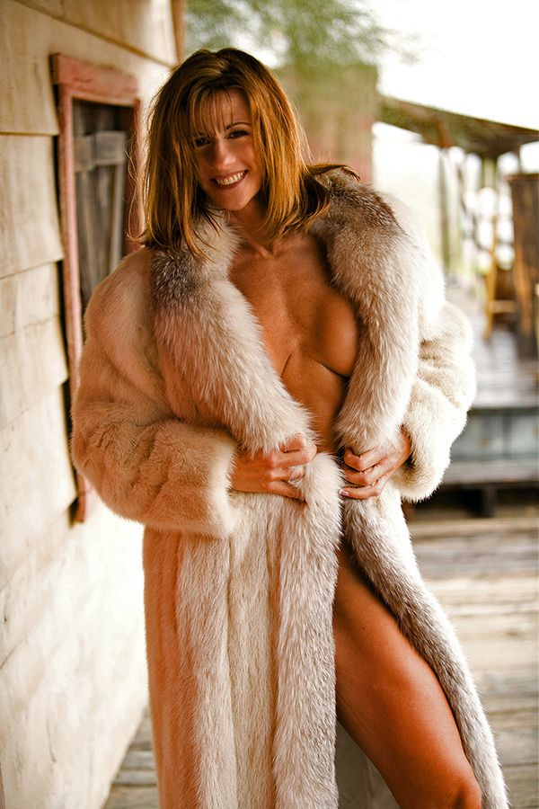fur coat big boobs